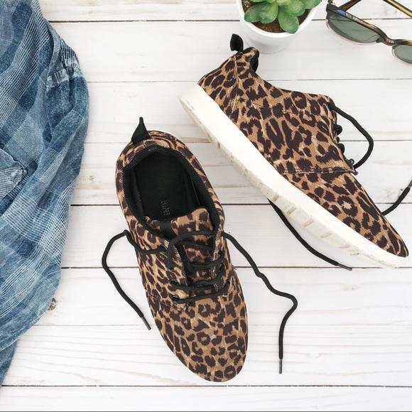724a0e53bc53 Gianni Bini Shoes - Gianni Bini • Leopard Print Tennis Shoes